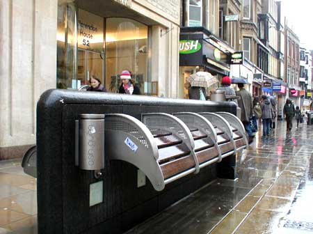 Anti-user seating in Oxford