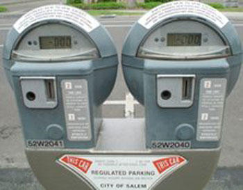 Parking meter in Salem - picture from Henry